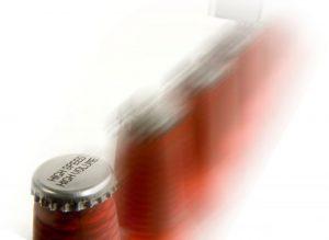 Нанесение маркировки на крышку стеклянной бутылки